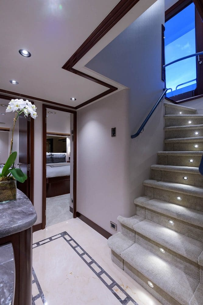 112' Westport Bluewater Cat Lower Foyer