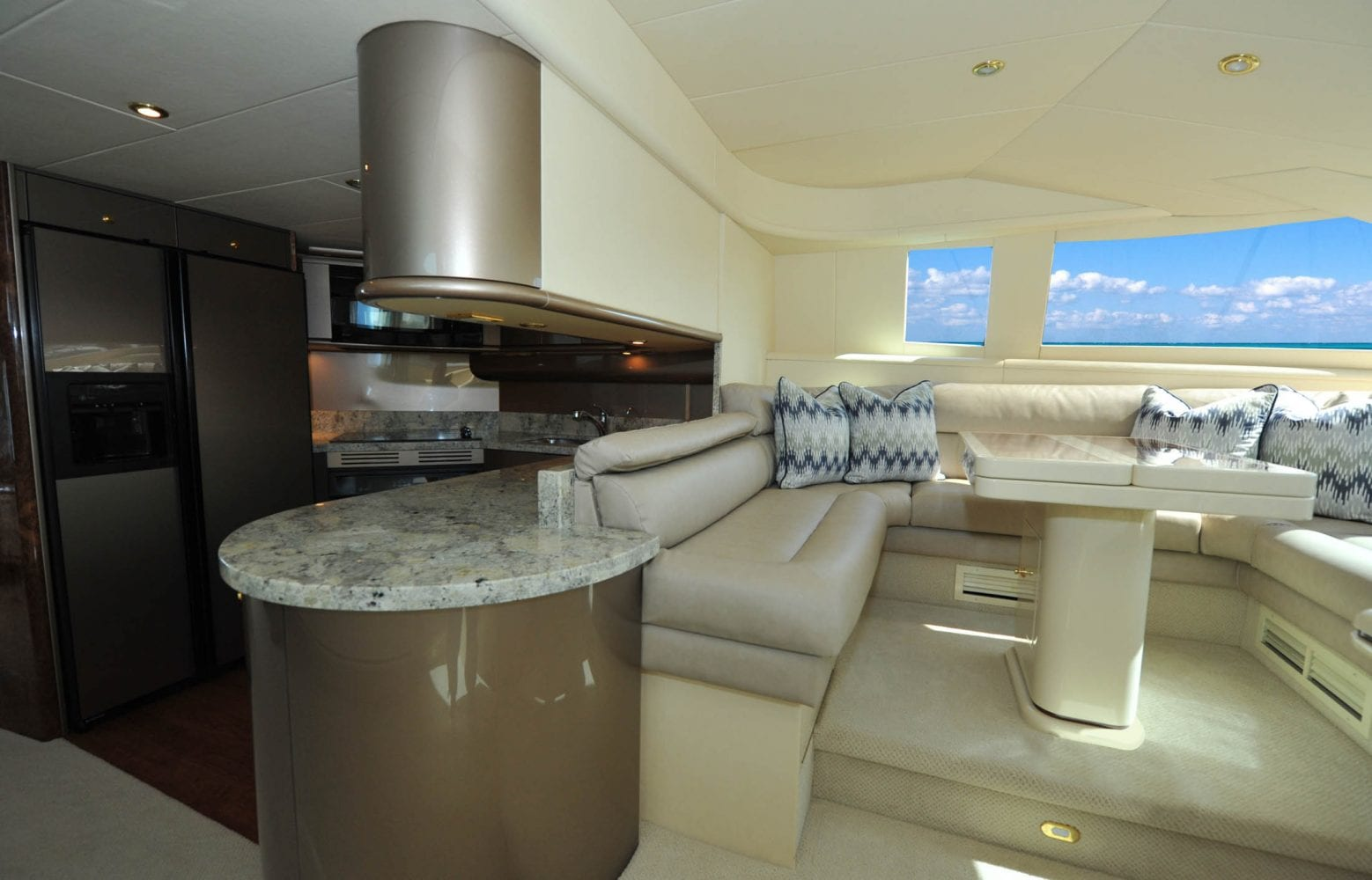 72' Neptunus Mr. Chips Galley