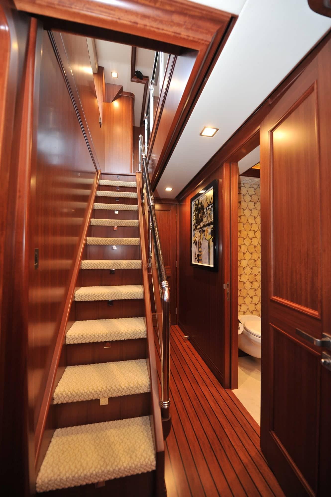 120' Nordhavn Aurora Upper Foyer