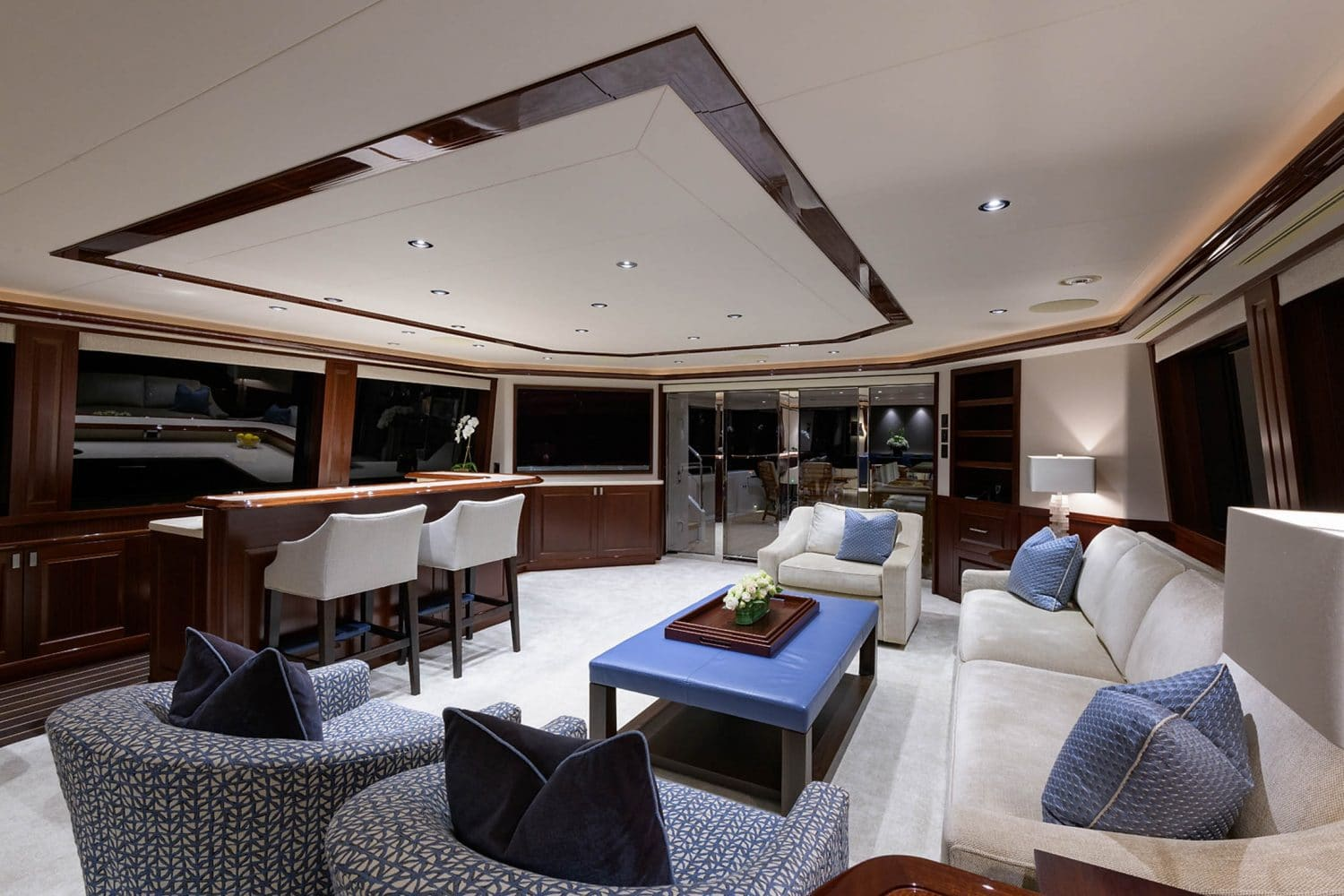 112' Westport Bluewater Cat Main Salon