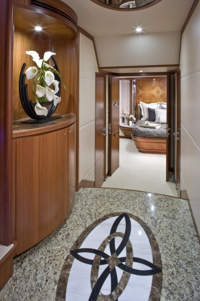 92' Ocean Alexander Oceana Lower Foyer