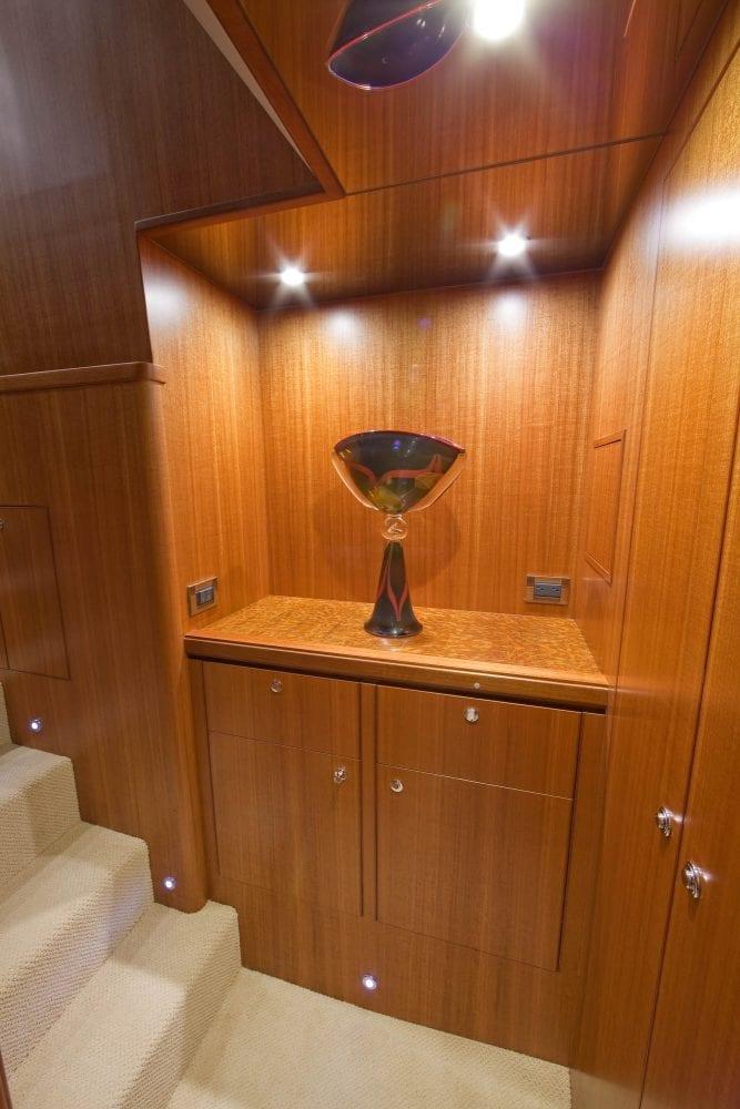 72' Ocean Alexander Triple Treat Master Foyer