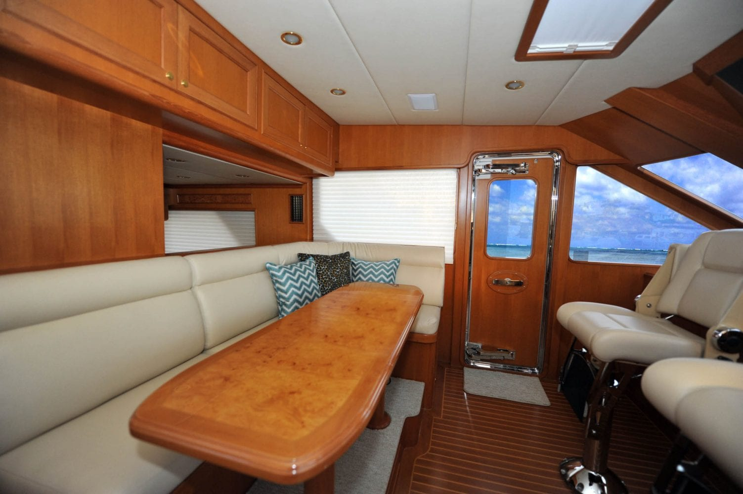 66' Offshore Southern Comfort Pilot House