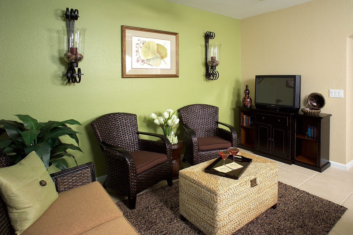 Freeport Family Room 2