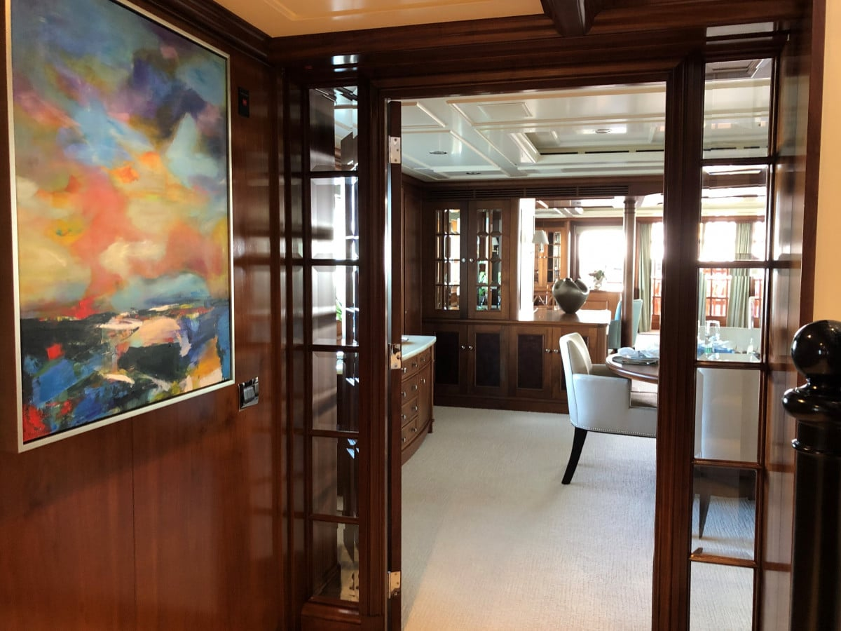 150′ Hakvoort Motoryacht Cracker Bay Art