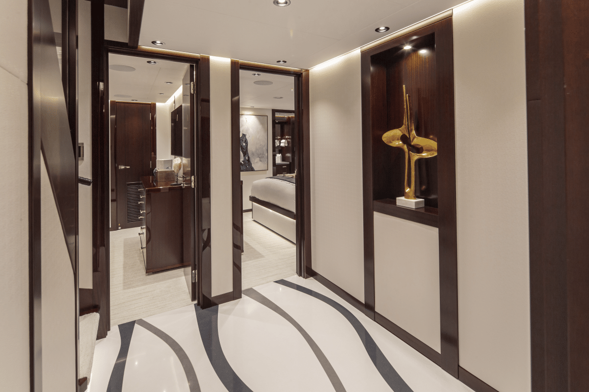 125′ Westport Yacht Castlefinn Lower Foyer