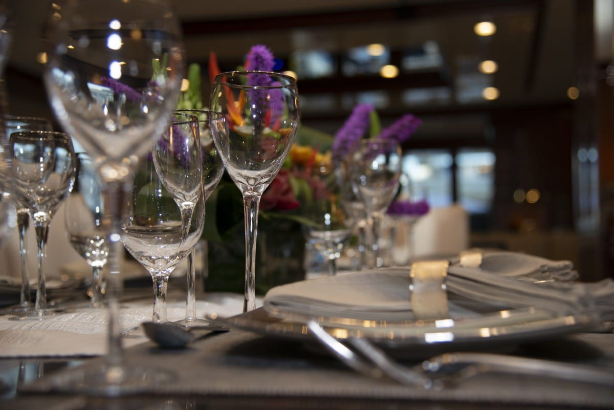 Make Your Yacht Charter Ready -Yacht Tablescape