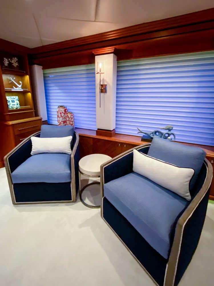 161' trinity yacht stay salty sky lounge