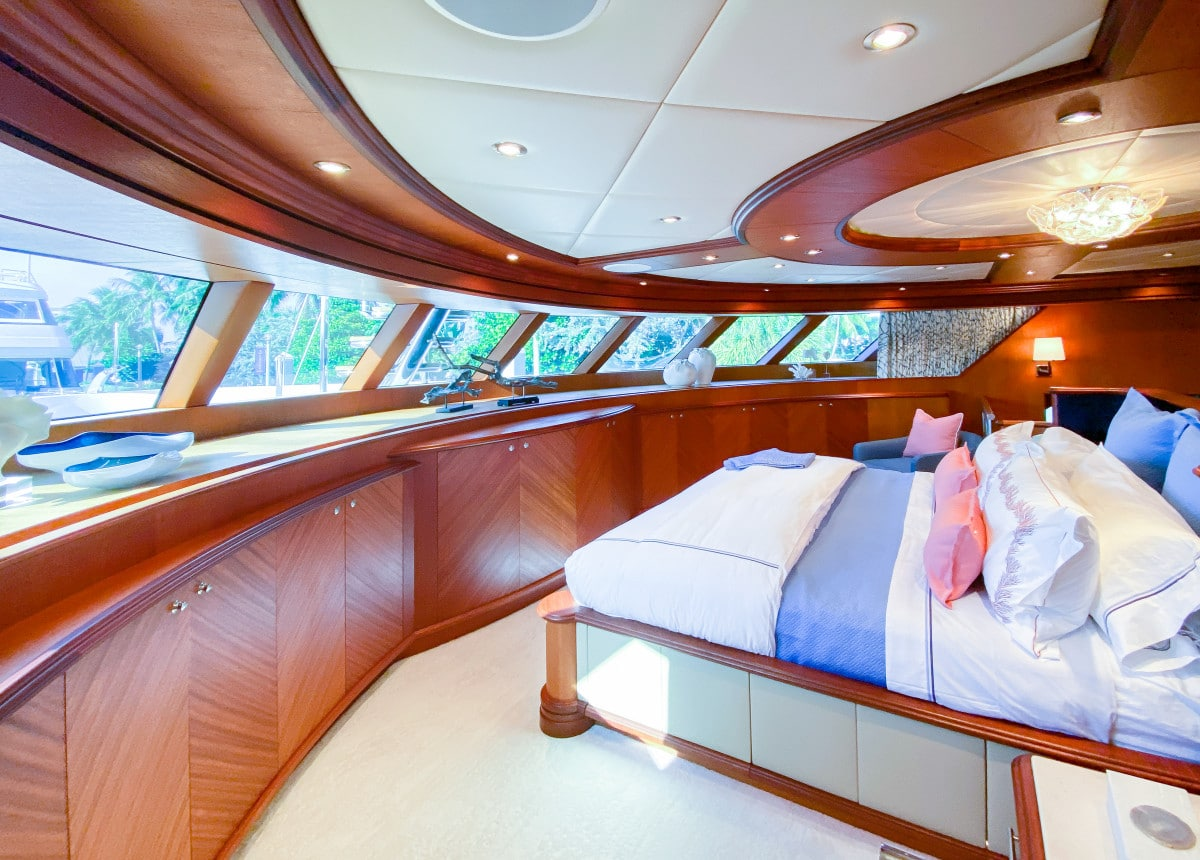 161′ Trinity Yacht Stay Salty Master Suite